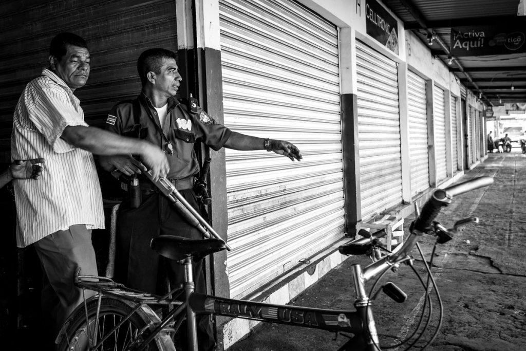 O Aurélien Ernst Street Photography 1 Web 1024x683