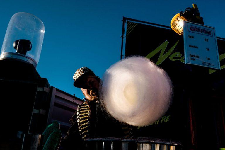 O Michael Zikaras Street Photography 7 Web 768x512