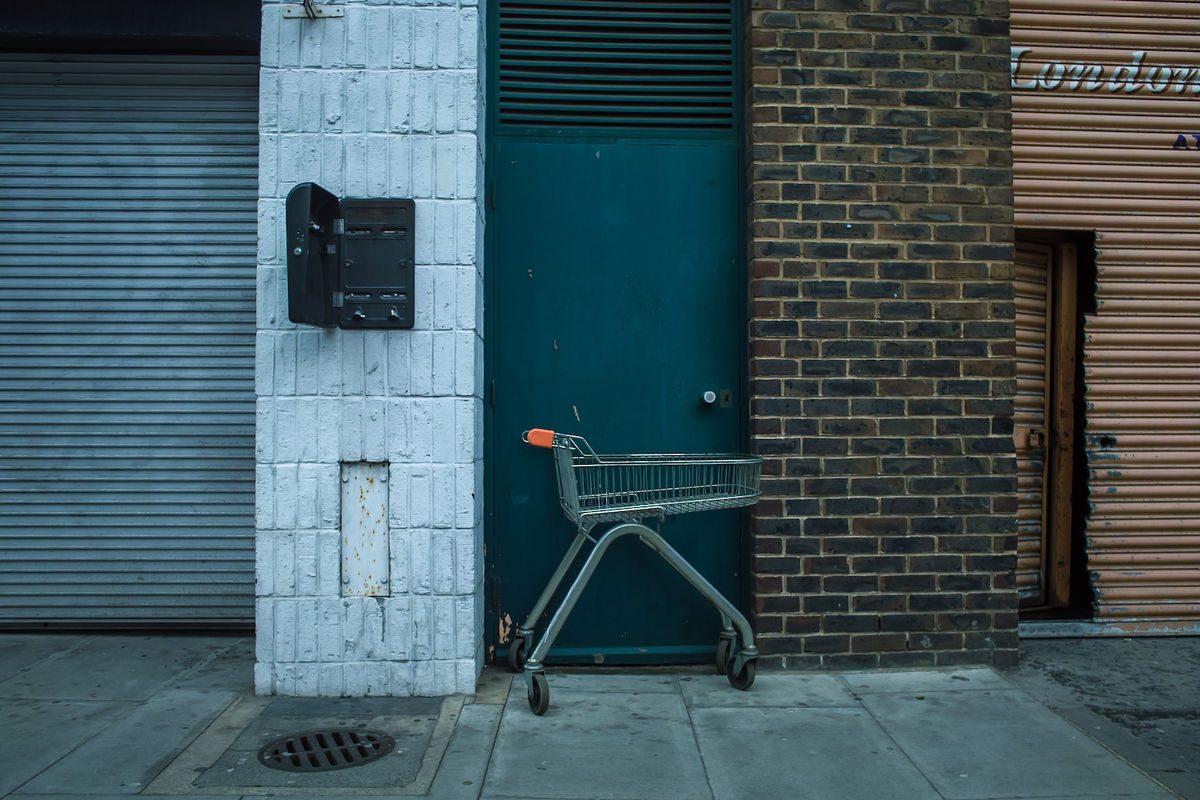 Tamas Olajos 4 Street Photography 1200x800