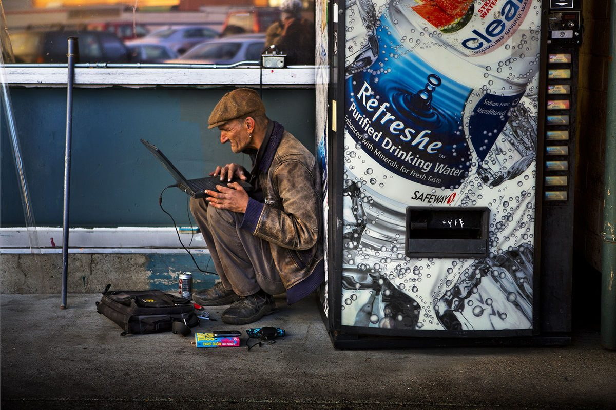 Barry Lewis 2 Street Photography 1200x800