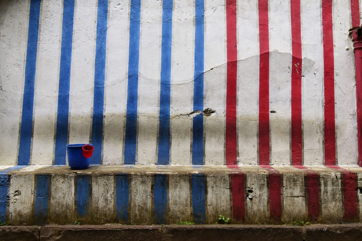 colourful streets palace with blue and red stripes