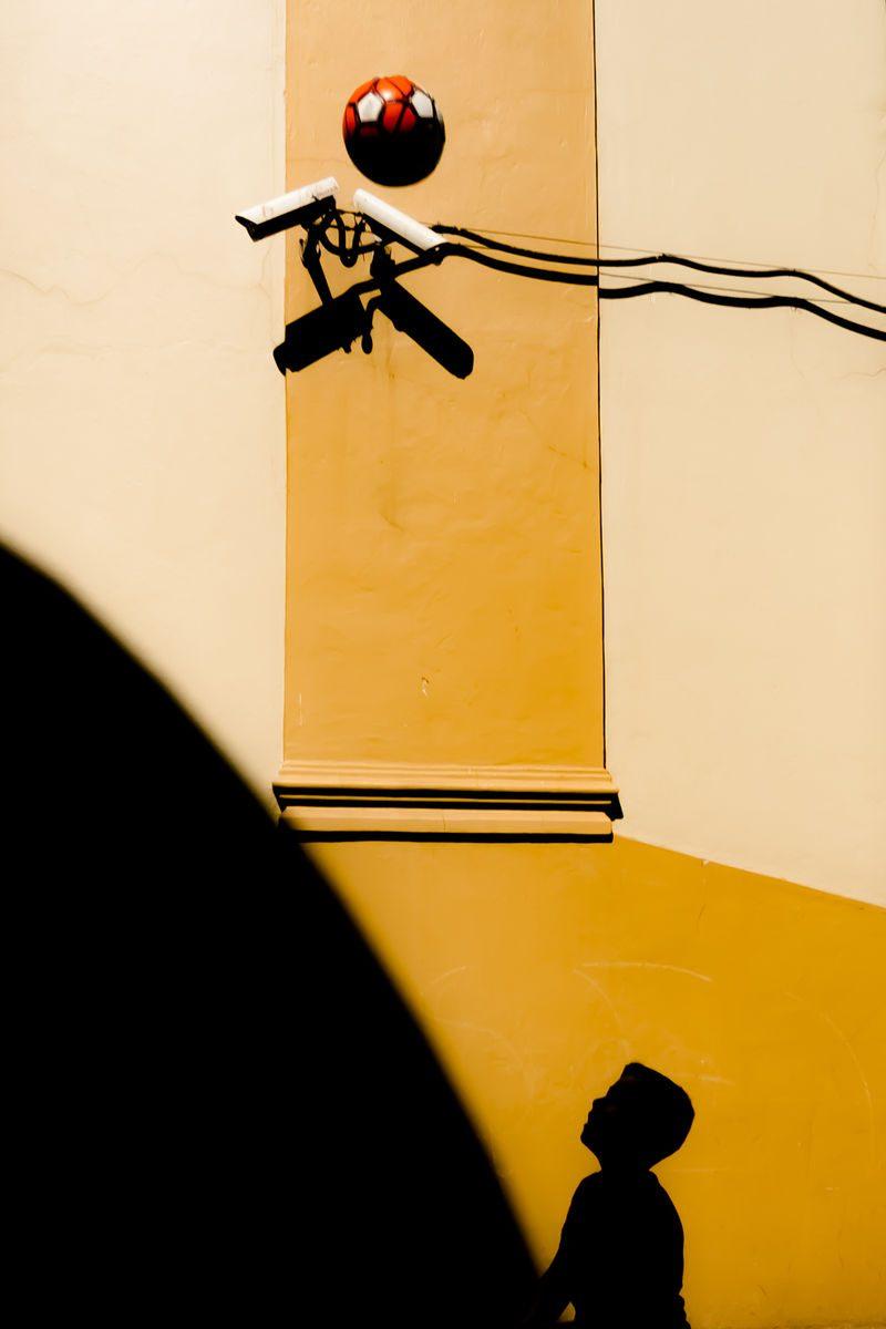 Simple Things Ora Akkul 7 Street Photography 800x1200