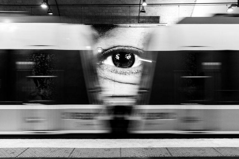 Subway_travel_companions