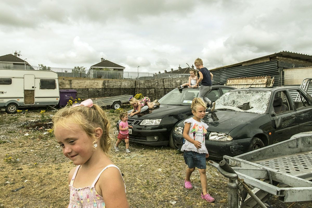 Irish Travellers kids_playing_with_scrap_cars_springlane