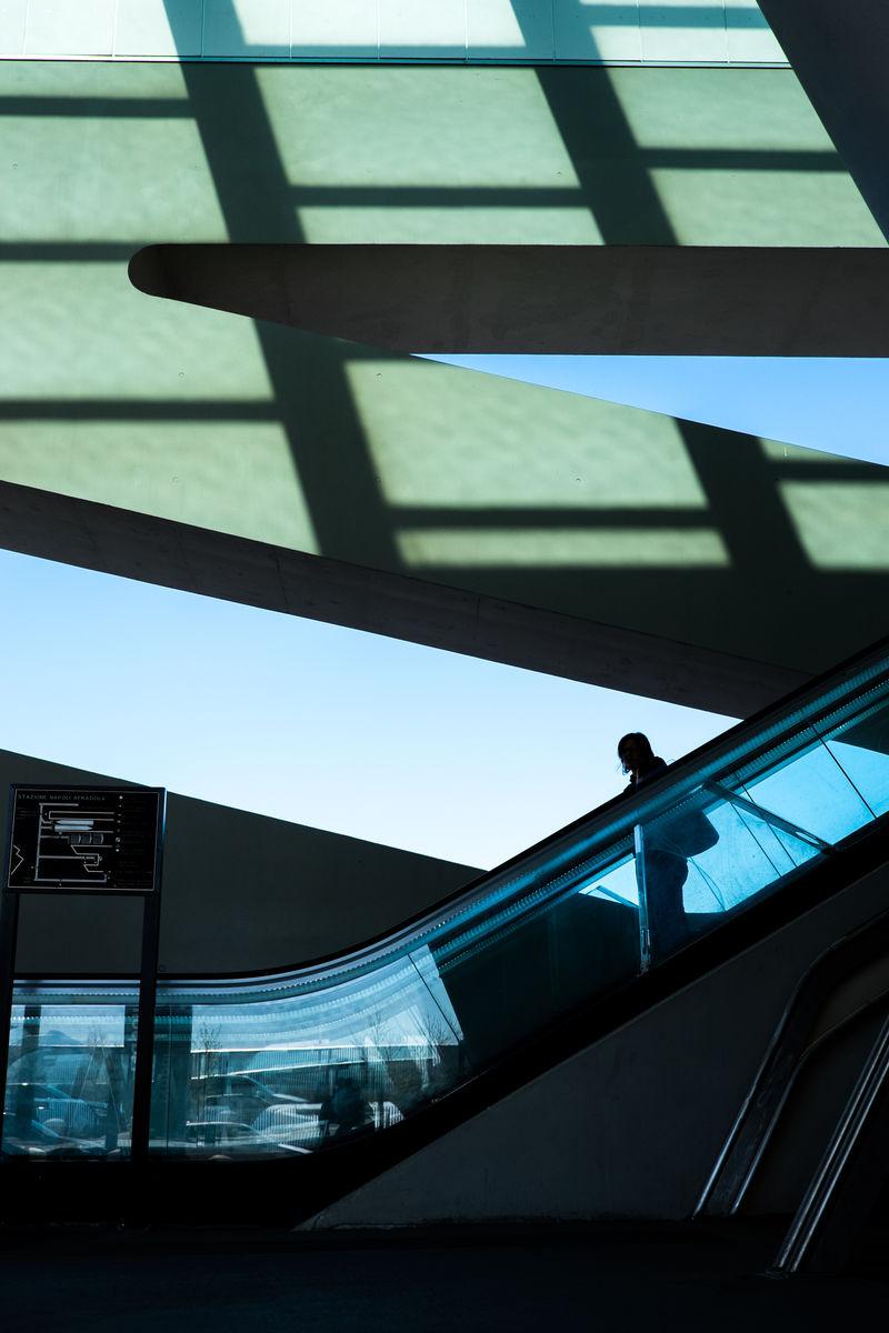 F2BB552C FB93 465B AA59 F3B82B650B3C Street Photography Human In Geometry