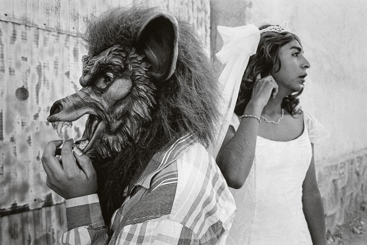 Mulhall BreretonJenna Bride And Wolf 1 Eyeshot